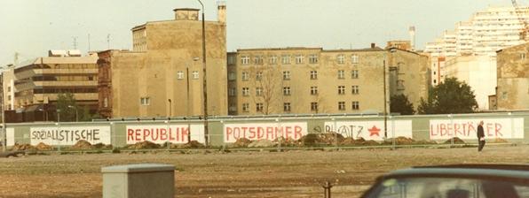 potsdamer-platz-1990