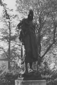 colmore statue